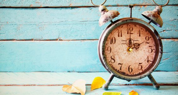 Parliament calls for thorough assessment of bi-annual time change