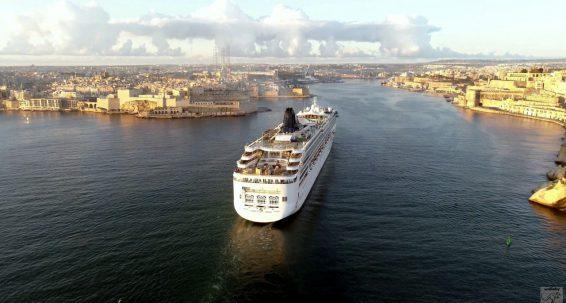 L-industrija tal-cruise liners tista' tbiegħed il-COVID-19?